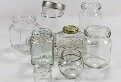 جار شیشه ای شفاف